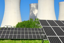 Balancing nuclear and renewable energy